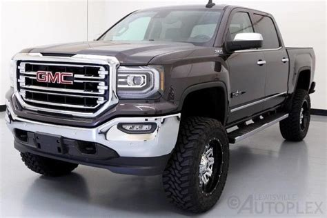 gmc sierra slt   pro comp lift   fuel wheels navigation luxury vehicle  sale