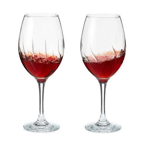 decorative wine glasses  impressing  guests