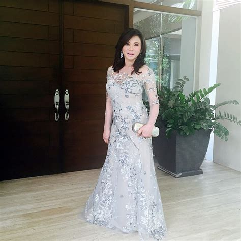 Garden Wedding Attire For Principal Sponsors by 8 Well Dressed At The Paultin Wedding Preview
