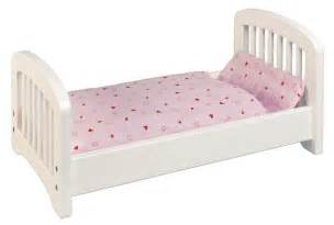 goki dolls bed white spotty giraffe