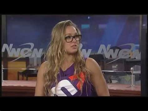 rhonda rousey seattle mist ufc ch ronda rousey in seattle discussing the ultimate