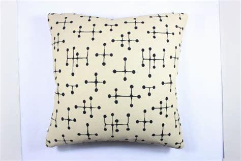 eames dot pattern history 17 x 17 charles and ray eames small dot pattern