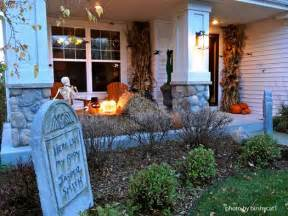 Halloween Front Porch Decorations Mysterious And Creepy Front Porch Decorating Ideas For