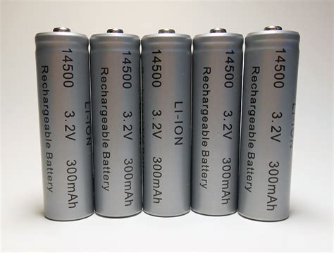lithium ion aa batteries lithium ion 5 pack aa 300 mah rechargeable batteries