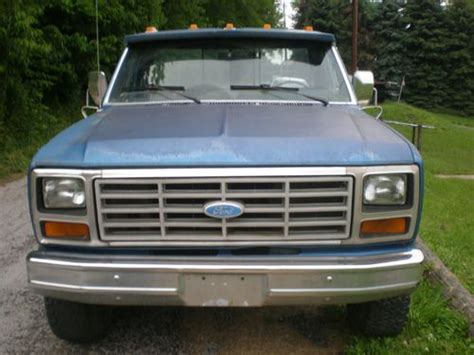 service manual how petrol cars work 1984 ford e250 interior lighting 1984 ford f250 xlt 6 9l sell used 1984 ford f 150 4x4 straight 6 engine 4 speed manual transmission many new parts in