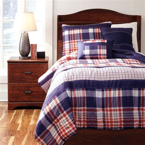 twin plaid comforter milam plaid twin comforter q353001t ashley furniture