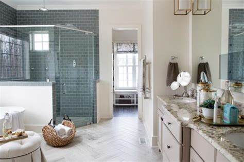 Pictures of the HGTV Smart Home 2016 Master Bathroom