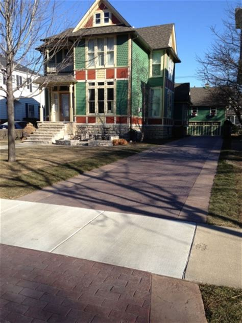 welcome home 18 park historic home in oak park provides a warm welcome with