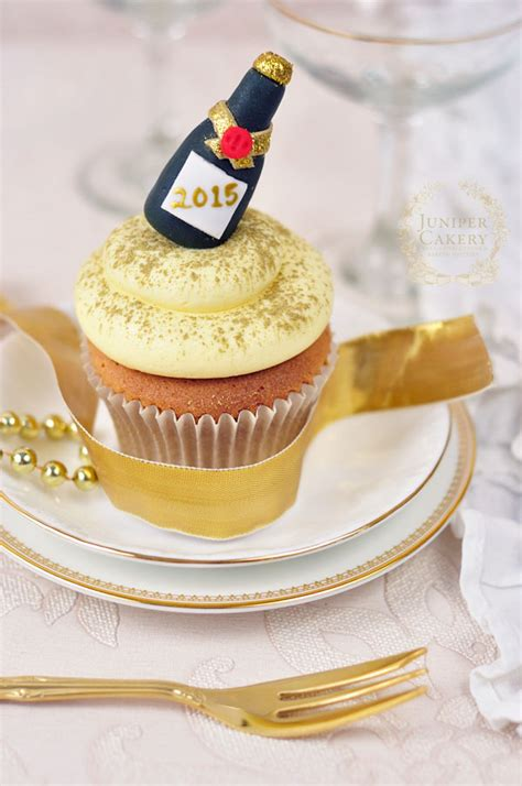 Cupcake Topper New Year Season S Greetings Bulat 5 Cm Topper Cup Cake fizz pop clink how to make fondant chagne bottles