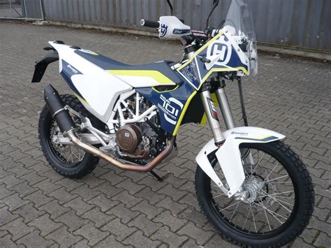 Husqvarna 701 Dekor by Schreiz Rally Adventure 701