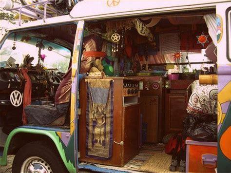 hippie van bed 1000 ideas about vw hippie van on pinterest volkswagen