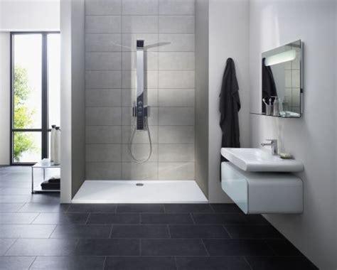 grünes wohnzimmer idee badezimmer badewanne