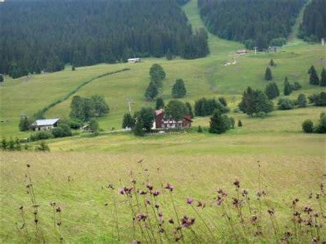 guide du massif du jura tourisme vacances week