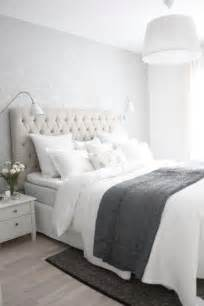 grey and white bedroom ideas 25 best ideas about white grey bedrooms on