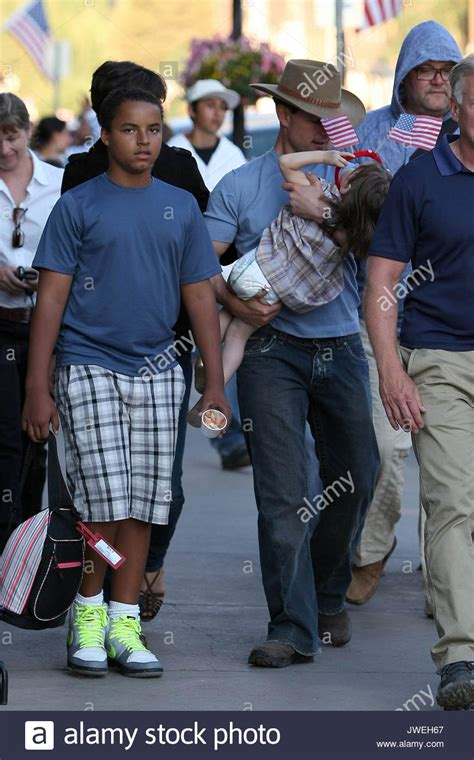tom cruise telluride katie holmes tom cruise connor and suri tom cruise katie holmes stock photo royalty free