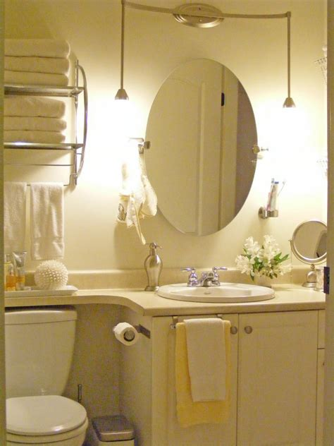Bathroom Mirror Ideas For A Small Bathroom by Bathroom Mirror Ideas In Varied Bathrooms Worth To Try