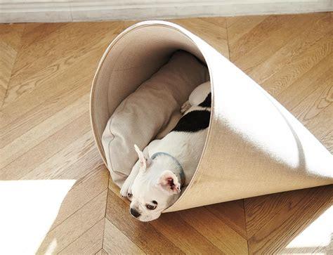 pet bedding howly pet bed by howlpot 187 gadget flow