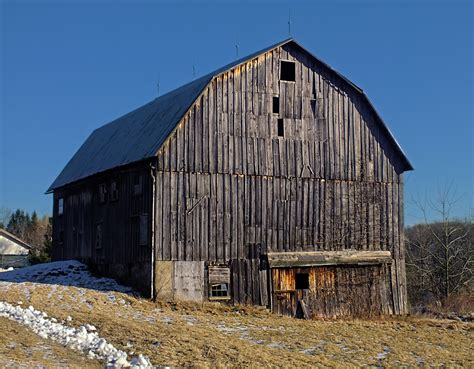 Gambrel Barn | file gambrel style barn jpg