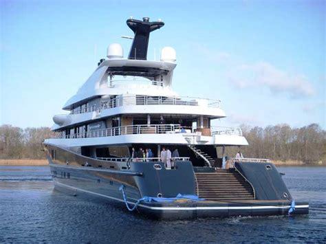 yacht phoenix 2 l 252 rssen motor yacht phoenix 2 info yacht charter