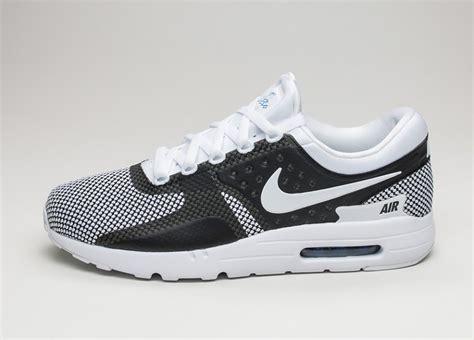 Nike Airmax Zero White Bnib nike air max zero essential white white obsidian soar asphaltgold