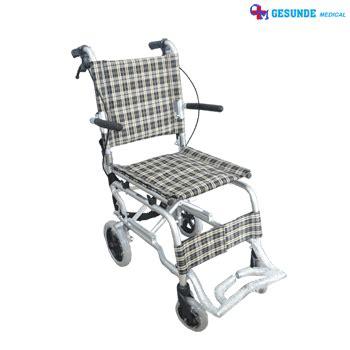 Kursi Roda Traveling Anak Murah kursi roda travelling aluminium kursi roda ringan kecil