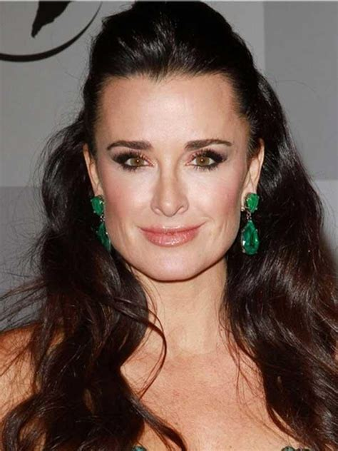 kyle richards earrings worn in 2015 emerald city sister brother