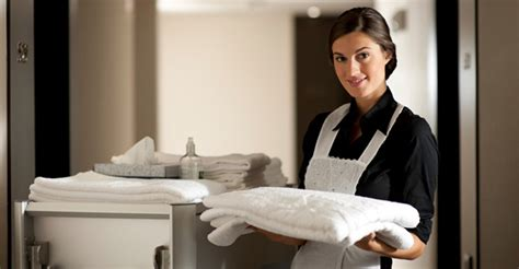 tips of housekeeping in a hotel