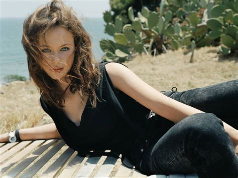 And Thora Birch wallpapers thora birch hd wallpapers