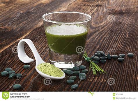 Detox Renew Chlorella by Spirulina Chlorella Barley And Wheatgrass Stock Photo
