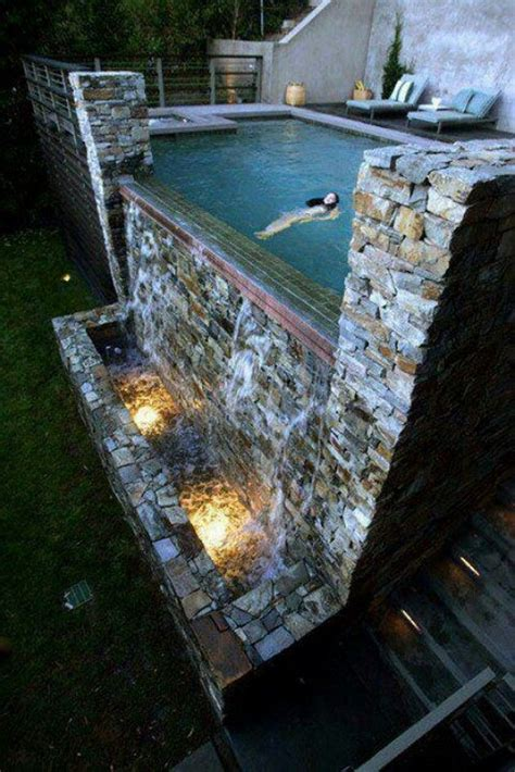 Amazing Swimming Pools 20 Pics Honey I M Home Amazing Backyard Pools