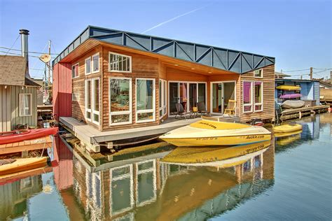 boat house for rent seattle lake union floating home