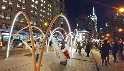 swing new york come swing on these holiday hammocks at the new flatiron
