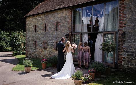 Barn Wedding Venues in Sussex   Bartholomew Barn   CHWV