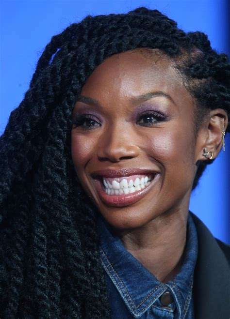brandy norwood i love the hair beautiful faces brandi norwood hairstyles brandy long braided hairstyle