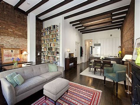 Peaceful Classic Apartment Downtown Manhattan