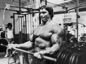 Incline Bench Smith Machine Arnold Schwarzenegger