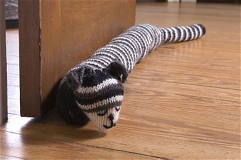 cat door stopper pattern miss julia s patterns free patterns 19 door draft