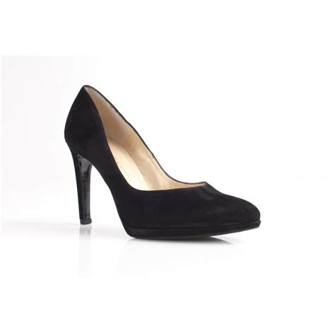 kaiser herdi black suede court shoe with low