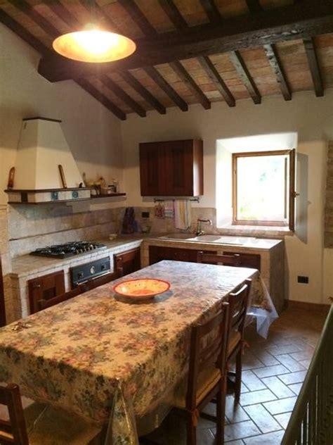 Cucine In Cagna by Vendita Rustico Casale Pieve Di Cagna Urbino In Ottime