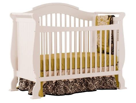 graco shelby classic convertible crib graco shelby classic 4 in 1 convertible crib