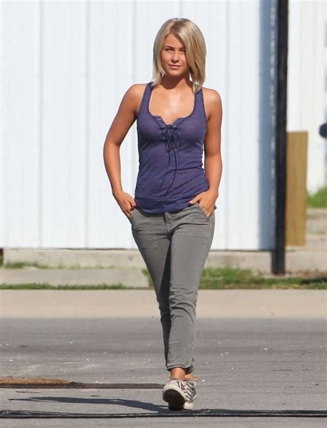 clothes julianne hough wore in safe haven julianne hough safe haven hair cut love it wear