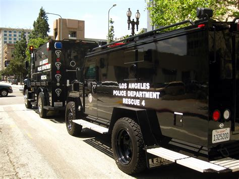 swat vehicles image gallery swat vehicles