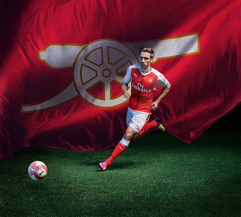 alexis sanchez kit arsenal unveil new home kit for the 2016 17 caign as