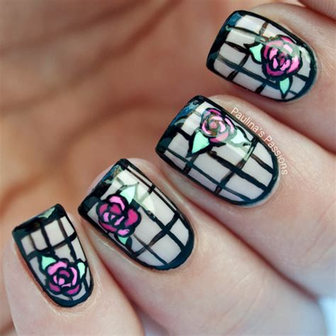 Nails Deco by 10 Negative Space Nail Designs For