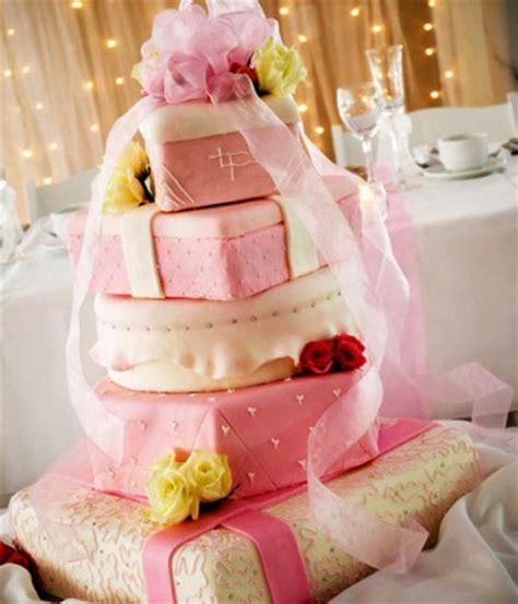 Different Designs Of Wedding Cakes by Assuntos Relacionados