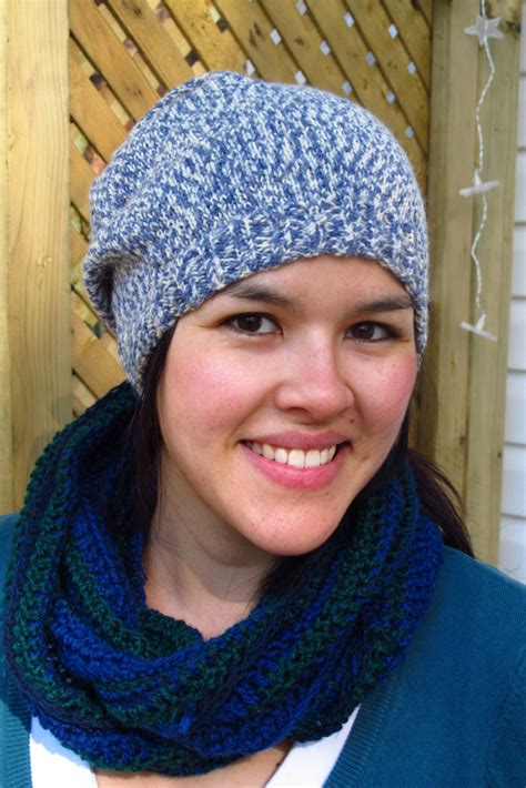 beginners crochet infinity scarf beginner s crocheted infinity scarf kiku corner