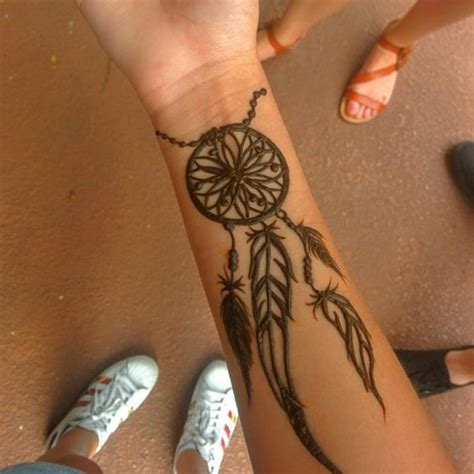 9 inspiring henna tattoos go hippie chic
