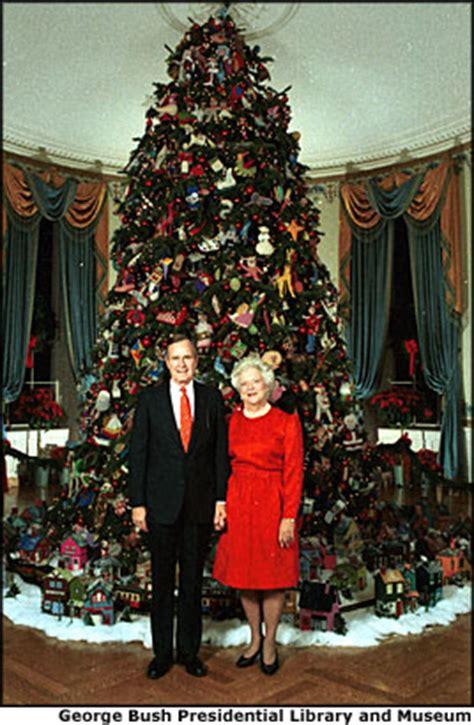 white house christmas trees