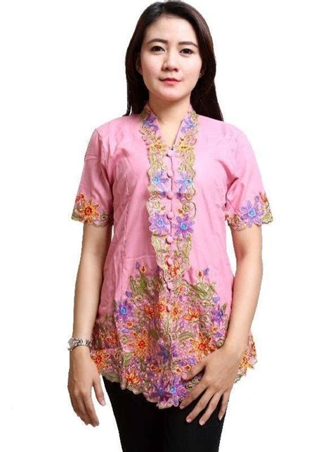 Aroy Kebaya Batik Modern 7 kebaya simpel yang cocok buat lebaran bikin hari fitrimu berkesan