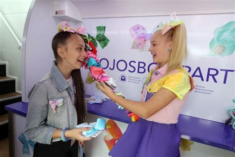 jojo siwa fan mail nickalive jojo bows causes a frenzy in